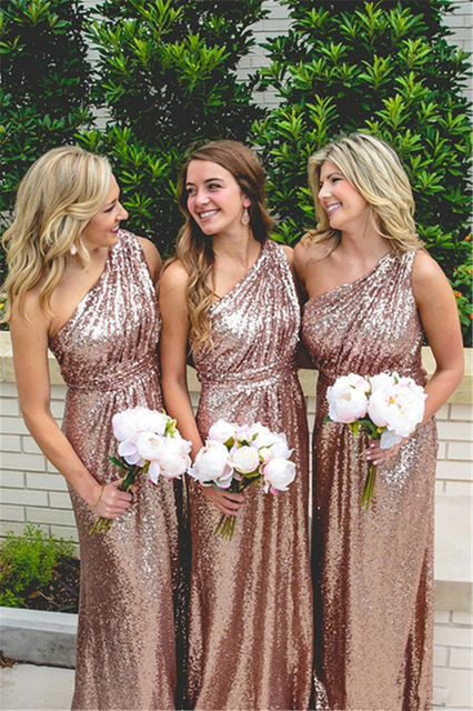 Know how Plus-Sized Bridesmaids can Look more Beautiful in Gold Sequin Dresses