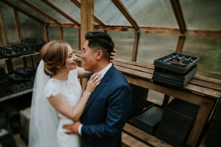 A Guide to Outdoor Wedding Photo-Session in Calgary Suggested by Professionals
