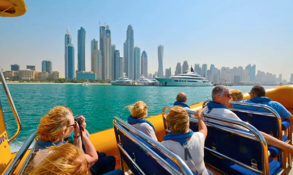 The Ultimate Guide to Plan the Budget Tour in the UAE