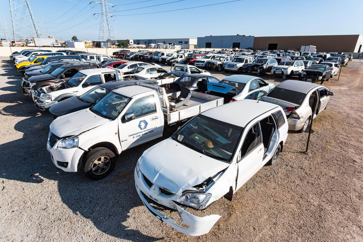 4 Things to Check before You Buy a Recycled Engine from a Car Wrecker in Gold Coast