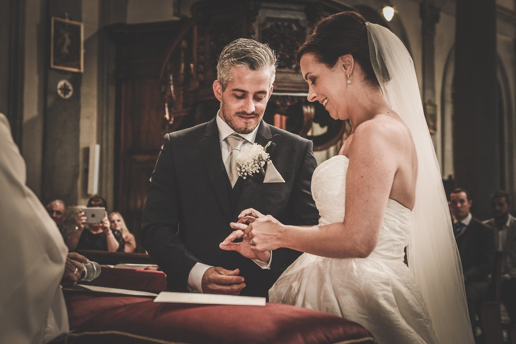 Getting Married in Italy – Book Stunning Villa in Tuscany