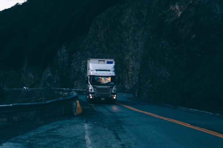 An Efficient Truck Accident Lawyer Can Bring True Justice to You