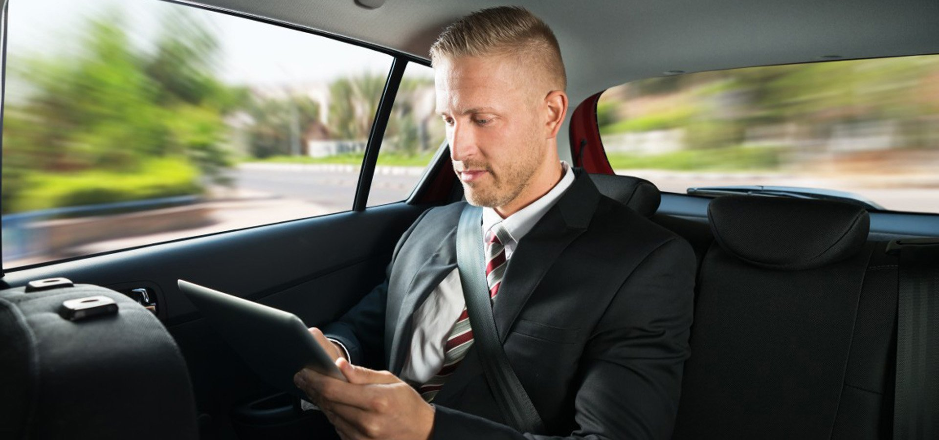 Charleroi Airport Transfer – 24×7 And At Fixed Charges