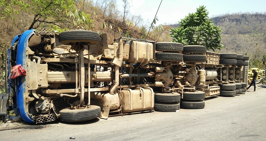 What Is The Importance Of Early Investigation In Truck Accidents?