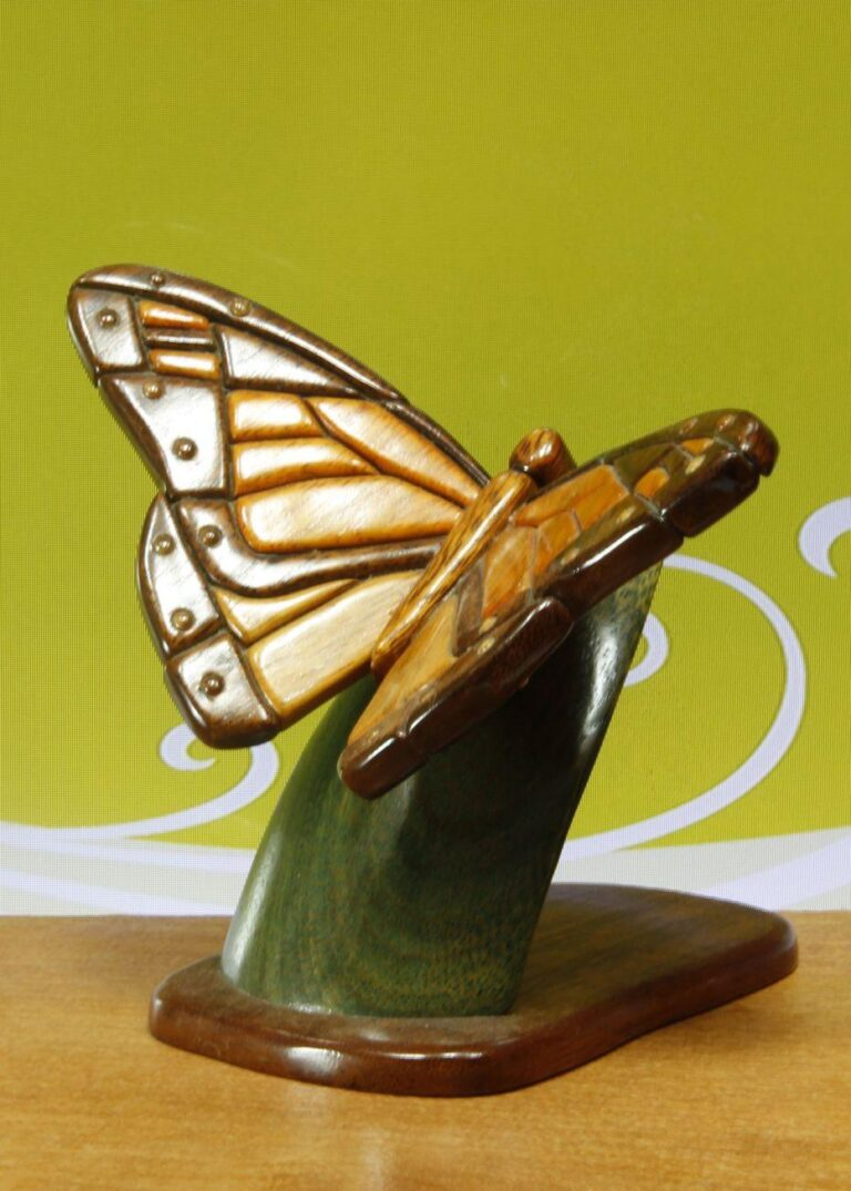 Purchase The Best Wooden Sculpture For Your Home