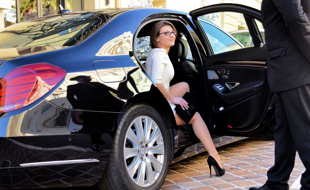 Top 5 Qualities That Every Professional Reading Taxi Chauffeur Must Possess