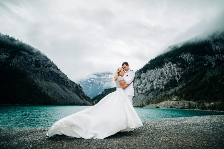 3 Unique Advantages a Banff Wedding Photographer can Offer