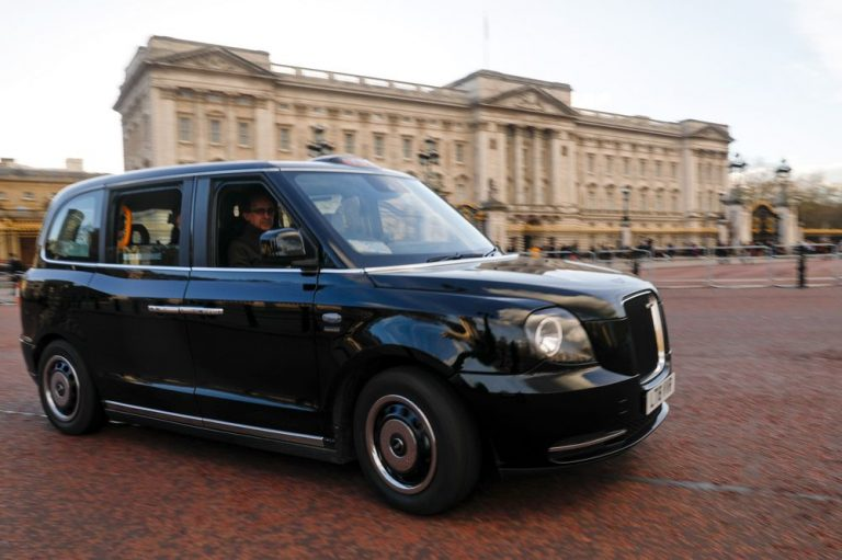 Get The Best Black Cabs London Services-Official Black Cab