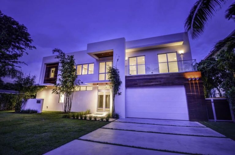 What To Know Before Hiring Custom Home Developers in Miami Beach?