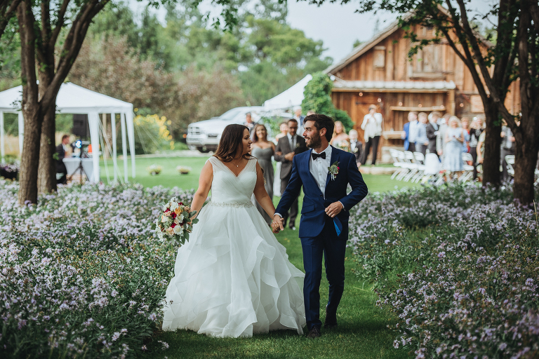 Top 3 Reasons To Give A Call to Calgary Wedding Photographers